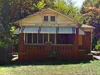 651 Holderness St SW, Atlanta, GA 30310